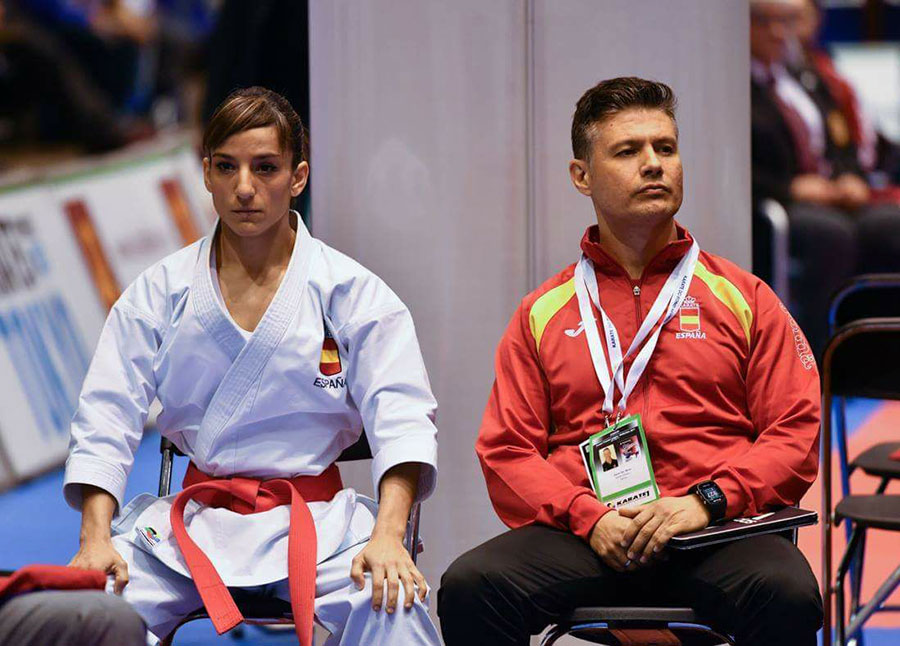 El karate requiere una gran concentración, alma sana in corpore sano